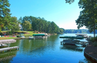 1731 Lighthouse Circle - Lakefront Homesite