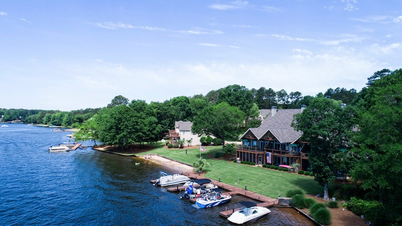 Golf, Lake, and Lux Homes -- Get It All at Harbor Club